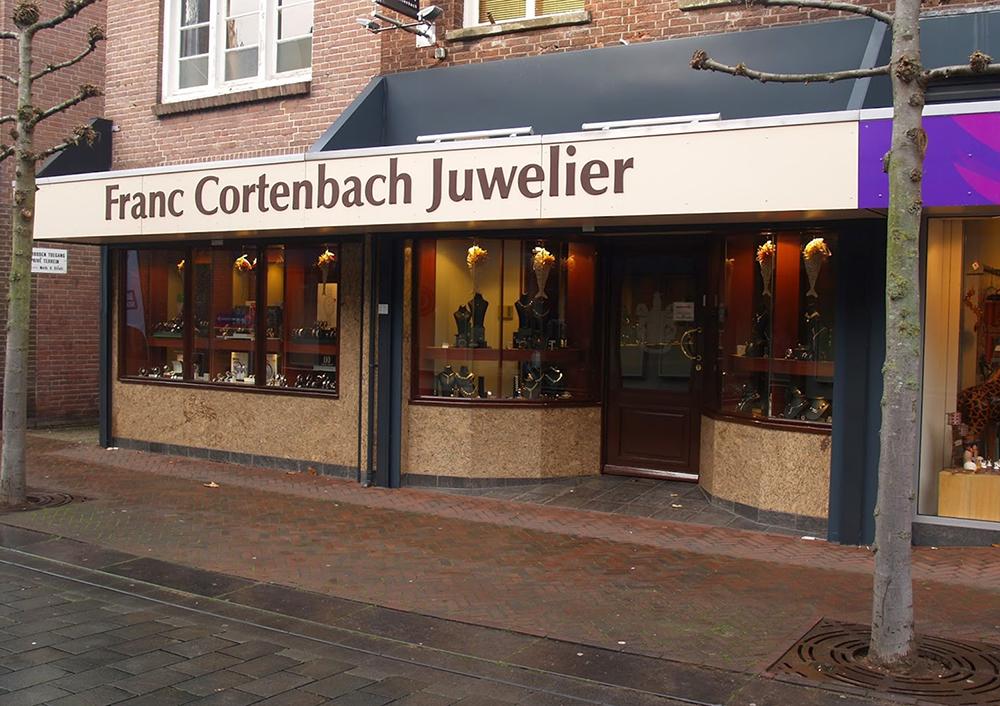 Foto pand juwelier Cortenbach
